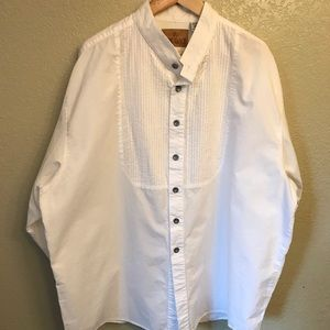 Unique King Ranch white Western Shirt.
